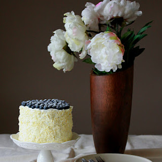 White Chocolate And Blueberry Cake Recipes.