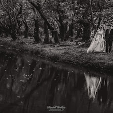 Wedding photographer Kostas Oroumpozanis (fairytaleweddin). Photo of 20.09.2017