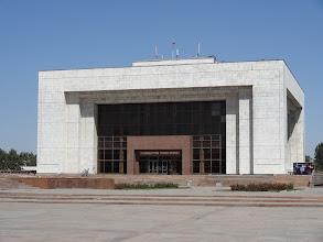 Photo: Národní historické muzeum zobrazuje Kyrgyzskou historii od doby kamenné až po současnost. Dokonce celé jedno patro je věnováno úspěchům, kterých bylo dosaženo během sovětské éry.