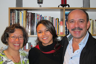 Photo: Patrica, Angela Maria og far Hector