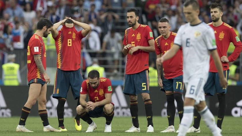 Los jugadores de España desolados.