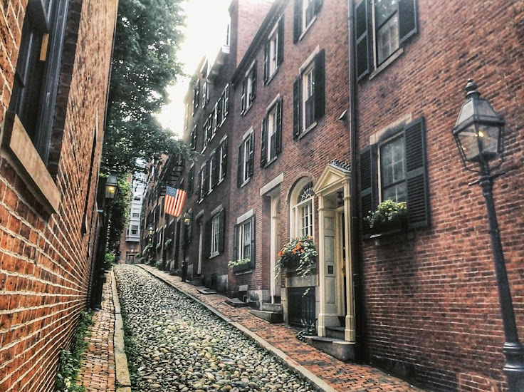 Acorn St from the bottom of the hill. Photo: becky_barrick.