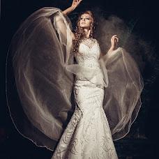 Wedding photographer Aleksandr Legenya (legalex). Photo of 07.10.2013