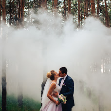 Wedding photographer Andrey Kozyakov (matadorOmsk). Photo of 02.07.2018