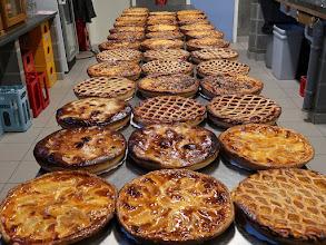 Photo: Il y a à manger ...