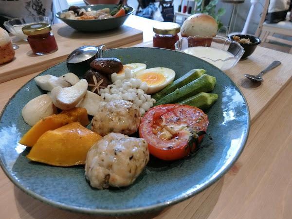 茉莉莉彰化早午餐 嚴選在地農產食材 味美豐潤 環境舒適宜人