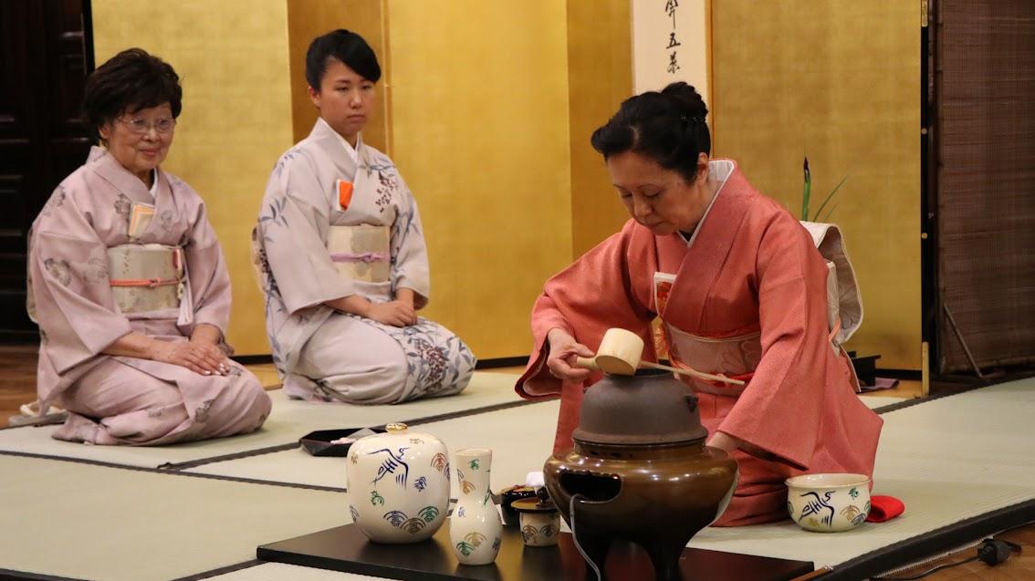 Los caminos del té y del Zen se encuentran unidos desde prácticamente sus inicios.