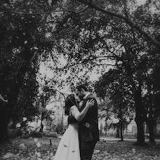 Wedding photographer Kostas Apostolidis (apostolidis). Photo of 14.12.2017