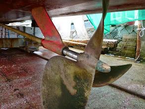 Photo: ペラもシャフトも! ・・・どおりで船速が出ないはず。