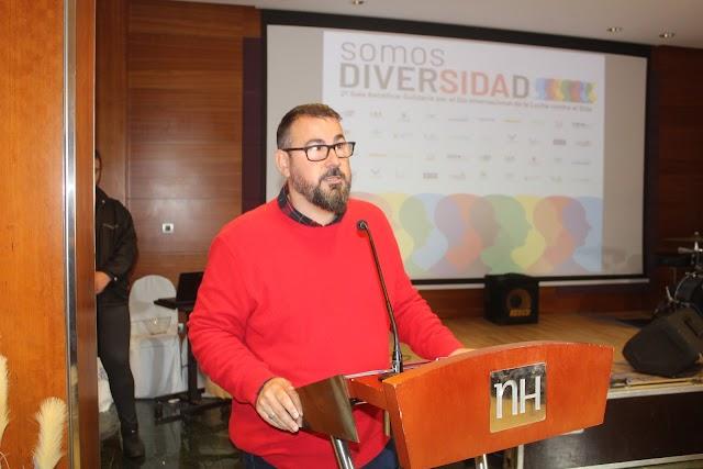 Antonio Ferre, presidente de Colega Almería, durante su intervención.