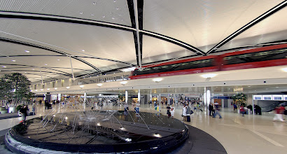 Photo: Inside the Edward H. McNamara Terminal, Detroit Metropolitan Wayne County Airport. CREDIT: Wayne County Airport Authority/Vito Palmisano.