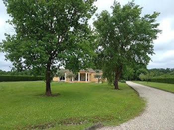 villa à Lamonzie-Saint-Martin (24)