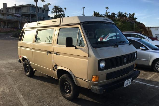 1985 VW Vanagon Camper Hire CA