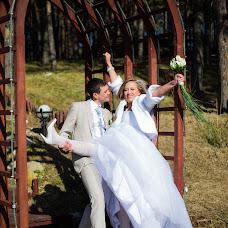 Wedding photographer Nadezhda Serkova (NadezhdaP). Photo of 04.07.2014