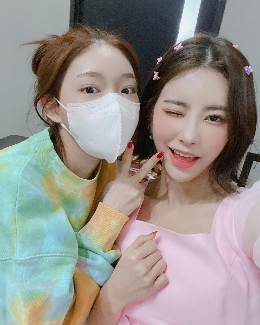 chungha Huihyeon 2