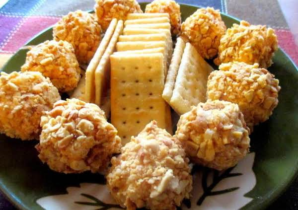 ~ Mom's Cheddar Peanut Balls ~ Recipe