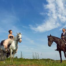 Wedding photographer Evgeniy Chernyaev (studio-report). Photo of 15.10.2014