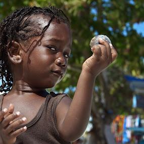Girl from Belize by Dan Baciu - Babies & Children Children Candids ( child, girls, girl, summer, children, belize, young, KidsOfSummer )