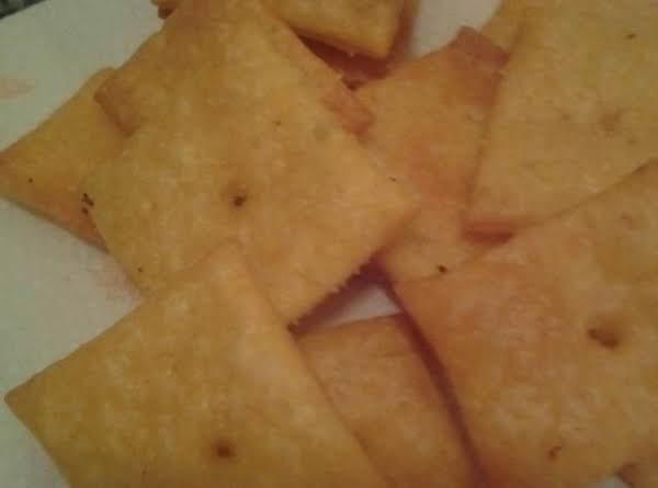 Homemade Cheese Crackers Recipe