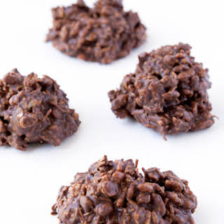 4 Ingredient No Bake Chocolate Cookies.
