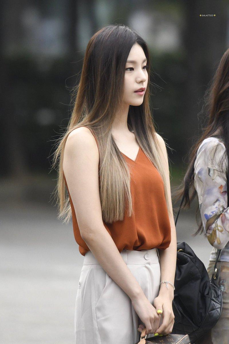 yeji casual 26