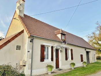 maison à Arcomps (18)
