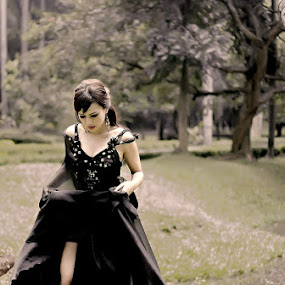 Lady in Black by Dody Isnanto - People Portraits of Women