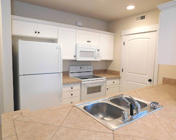 Go to F1 - One Bed Townhome Floorplan page.