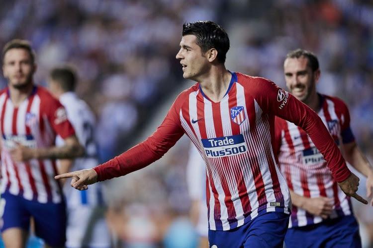 Atlético Madrid blijft na moeizame zege in het spoor van FC Barcelona en Real Madrid