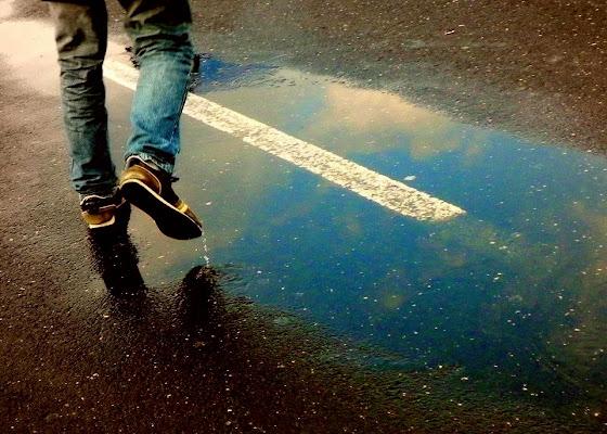 Scarpe piene di pioggia... di mariateresacupani
