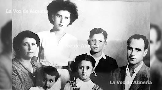 Francisco Nieto  y Leonor Ropero eran adolescentes cuando con sus familias se fueron a Melilla desde el Cabo de Gata.