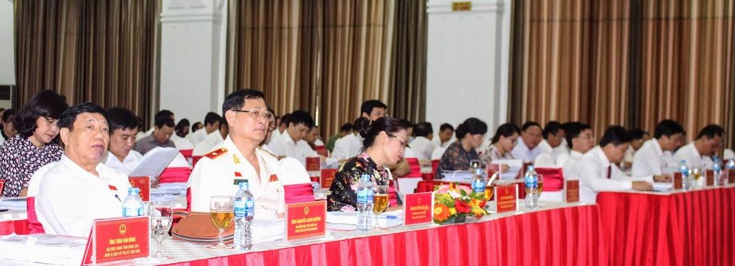 Các đại biểu tại Kỳ họp