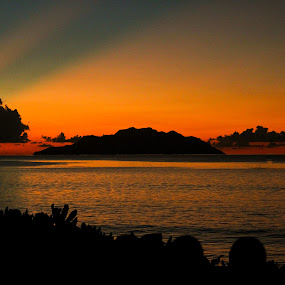 Sunset Seychelles by Jake Barrows - Landscapes Sunsets & Sunrises ( sunset, pacific, beach, island )