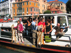Photo: Vaporetto - paikallinen paikallisbussi