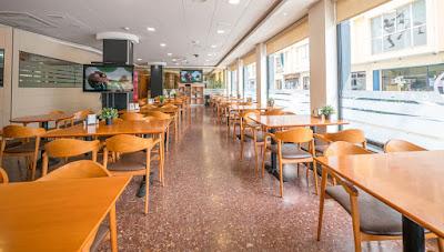 FOOD & DRINKS - Café-Bar