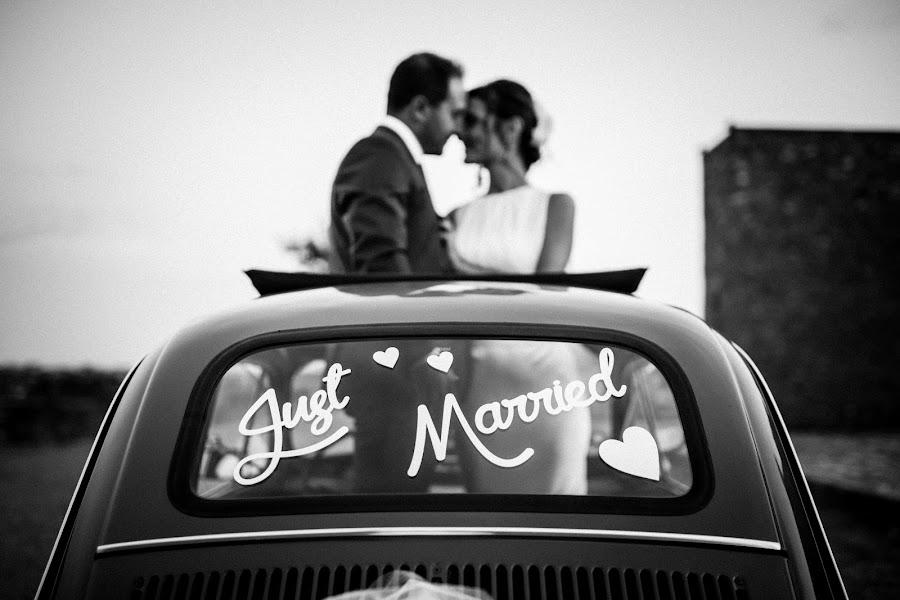 Wedding photographer Leonardo Scarriglia (leonardoscarrig). Photo of 07.02.2018