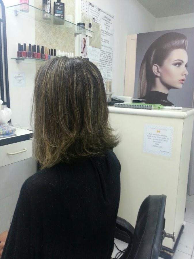 imagem de luzes no cabelo
