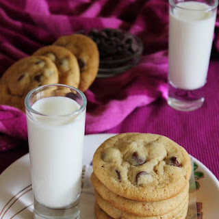 Eggless chocolate chip cookies | Best eggless cookie.