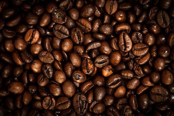 Coffee carpet di Mariano Romani