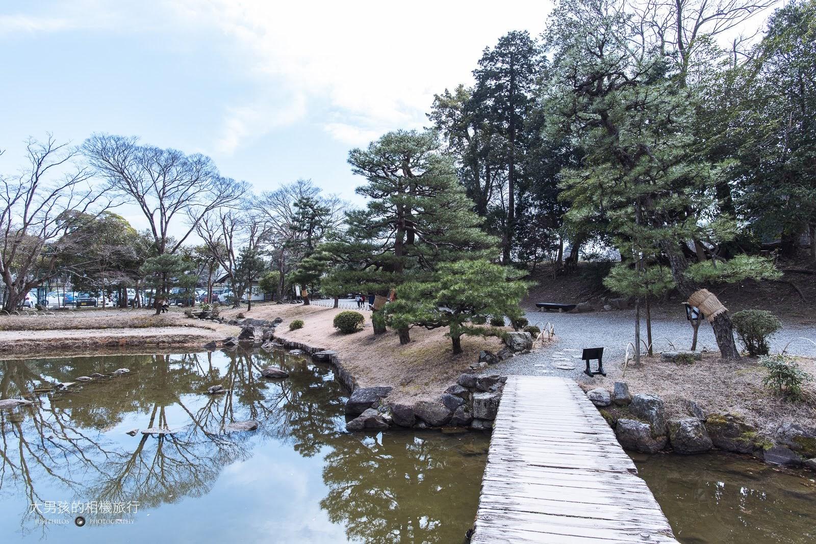 玄宮園內的小橋造景。
