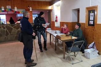 Photo: Salle de la Jeunesse, rue du Centre. Benoit comme responsable du jour.