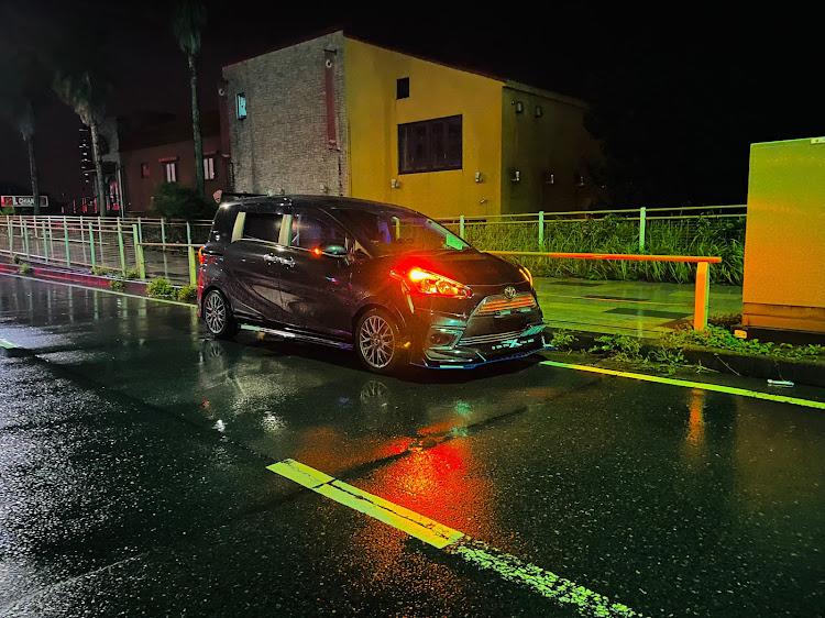 シエンタ NSP170Gの横横の横須賀パーキング,シエンタ乗りと繋がりたい,クルマ好きと繋がりたい,ドライブ,真横に関するカスタム&メンテナンスの投稿画像2枚目