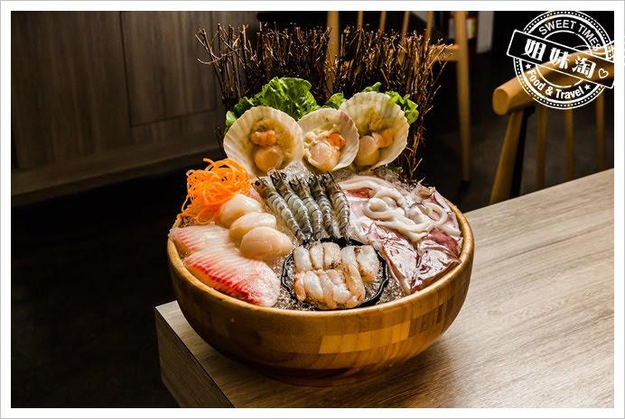 愛食鍋麻辣鴛鴦豪華海鮮拼盤