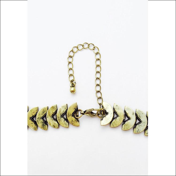 N031 - M. Blushing Rhinestones Necklace