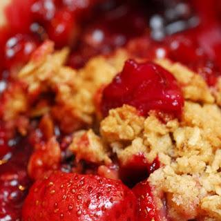 A Scrumptious Strawberry Crisp.