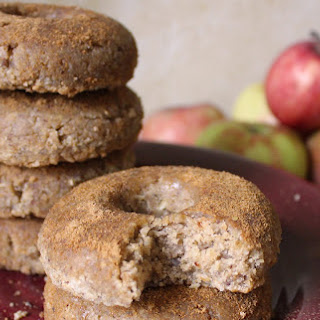 Raw Apple Cider Doughnuts [Vegan]