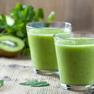 Weight Loss Kiwi Ginger Green Machine Smoothie