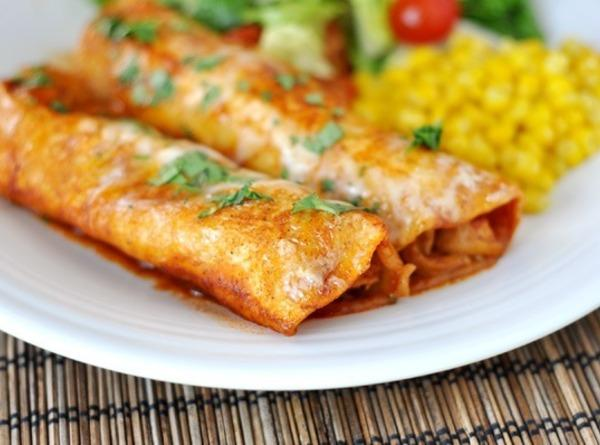 Cheese Enchiladas With Red Chili Sauce Recipe