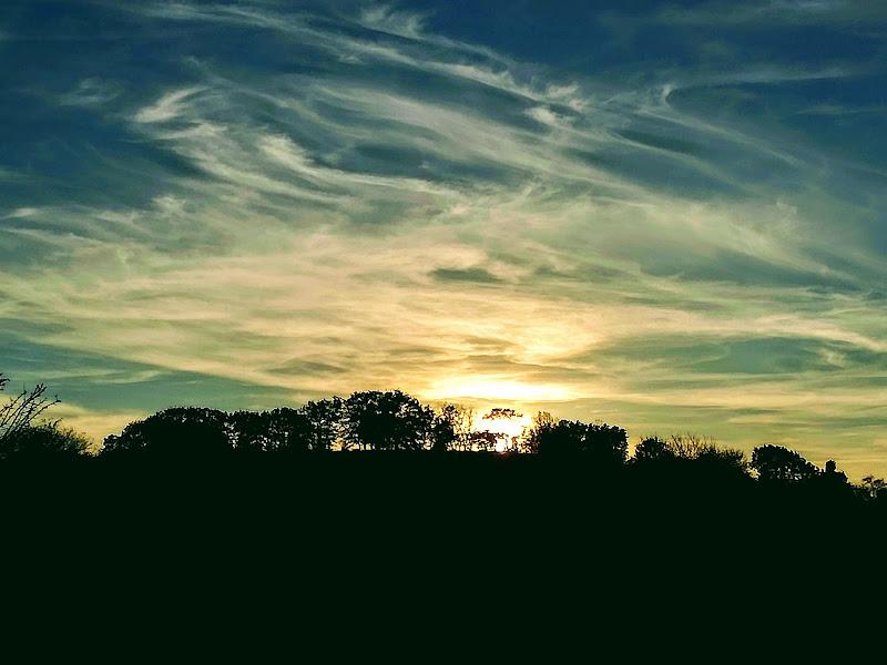 Tra nuvole e terra. . .  di peppe94