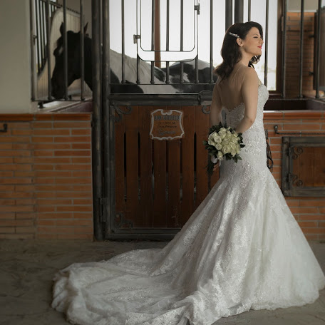 Wedding photographer Rigli Lutaj (riglilutaj). Photo of 24.10.2017